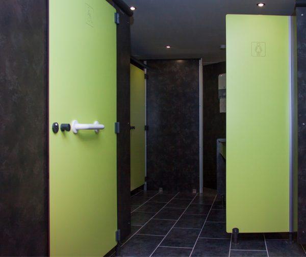 cabines sanitaires PMR