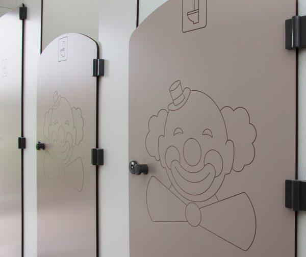 gravure sur portes personnalisée